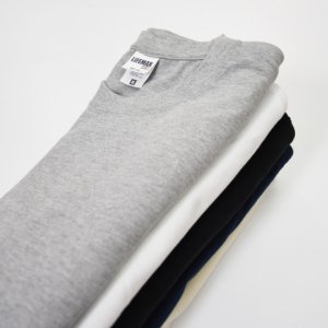 一枚で着る、重ね着する?Tシャツの厚手や薄手を数字で判断する方法。