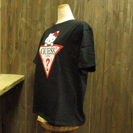 【GUESS/ゲス】ハローキティコラボ半袖Tシャツ 大キティ ブラック
