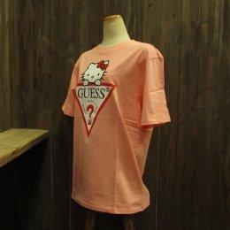 【GUESS/ゲス】ハローキティコラボ半袖Tシャツ 大キティ ピンク