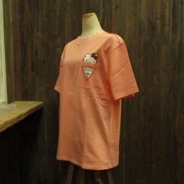 【GUESS/ゲス】ハローキティコラボ半袖Tシャツ ポケット ピンク