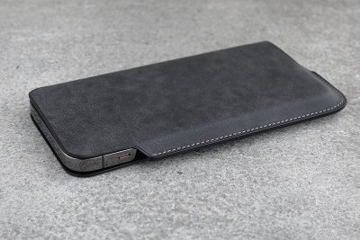 Lim Phone Sleeve Pro Max Nebbia<img class='new_mark_img2' src='https://img.shop-pro.jp/img/new/icons8.gif' style='border:none;display:inline;margin:0px;padding:0px;width:auto;' />