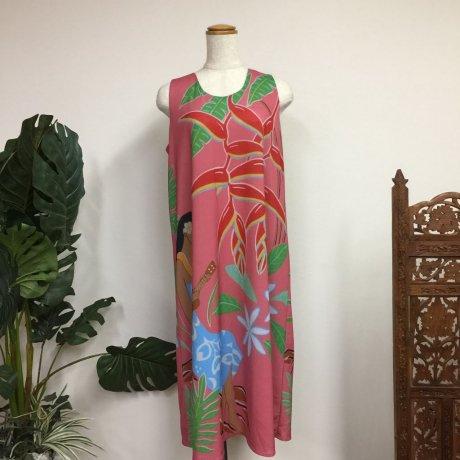 Hilo Kumeアパレル アメリカンショルダーAラインミディアムドレス(ピンク)
