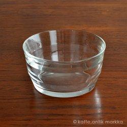 <img class='new_mark_img1' src='https://img.shop-pro.jp/img/new/icons48.gif' style='border:none;display:inline;margin:0px;padding:0px;width:auto;' />Nuutajarvi / Kaj Franck [ Prisma ] desert bowl