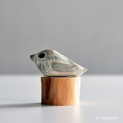 ceramics by Jenni Tuominen - Bird 2018