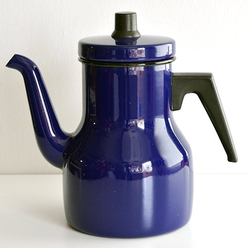 <img class='new_mark_img1' src='https://img.shop-pro.jp/img/new/icons36.gif' style='border:none;display:inline;margin:0px;padding:0px;width:auto;' />KOCKUMS - enamel pot (navy)