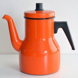 <img class='new_mark_img1' src='https://img.shop-pro.jp/img/new/icons36.gif' style='border:none;display:inline;margin:0px;padding:0px;width:auto;' />KOCKUMS - enamel pot (orange)