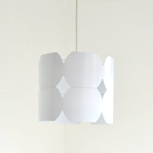 <img class='new_mark_img1' src='https://img.shop-pro.jp/img/new/icons40.gif' style='border:none;display:inline;margin:0px;padding:0px;width:auto;' />LIVAL finland - pendant lamp (white)