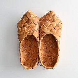 フィンランドで見つけた 白樺の靴