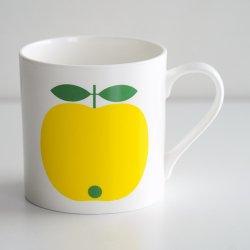 <img class='new_mark_img1' src='https://img.shop-pro.jp/img/new/icons48.gif' style='border:none;display:inline;margin:0px;padding:0px;width:auto;' />koloni stockholm / Lotta Kuhlhorn - Big mug (yellow)