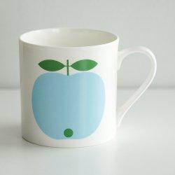 <img class='new_mark_img1' src='https://img.shop-pro.jp/img/new/icons48.gif' style='border:none;display:inline;margin:0px;padding:0px;width:auto;' />koloni stockholm / Lotta Kuhlhorn - Big mug (blue)