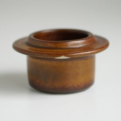<img class='new_mark_img1' src='https://img.shop-pro.jp/img/new/icons48.gif' style='border:none;display:inline;margin:0px;padding:0px;width:auto;' />ARABIA / Ulla Procope [ Ruska ] egg cup (A)