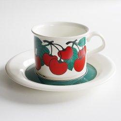 <img class='new_mark_img1' src='https://img.shop-pro.jp/img/new/icons48.gif' style='border:none;display:inline;margin:0px;padding:0px;width:auto;' />ARABIA / Inkeri Leivo [ Kirsikka ] coffeecup & saucer