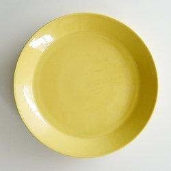 <img class='new_mark_img1' src='https://img.shop-pro.jp/img/new/icons48.gif' style='border:none;display:inline;margin:0px;padding:0px;width:auto;' />ARABIA / Kaj Franck [ OLD TEEMA ] 23.5cm plate (yellow)