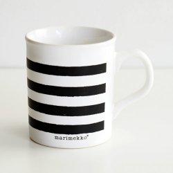 <img class='new_mark_img1' src='https://img.shop-pro.jp/img/new/icons48.gif' style='border:none;display:inline;margin:0px;padding:0px;width:auto;' />marimekko [ made in England - TASARAITA ] old mug (black)