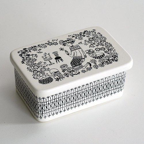 <img class='new_mark_img1' src='https://img.shop-pro.jp/img/new/icons1.gif' style='border:none;display:inline;margin:0px;padding:0px;width:auto;' />ARABIA / Raija Uosikkinen [ Emilia ] butter case