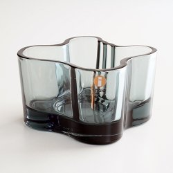 <img class='new_mark_img1' src='https://img.shop-pro.jp/img/new/icons48.gif' style='border:none;display:inline;margin:0px;padding:0px;width:auto;' />iittala / Arvar Aalto [ Arvar Aalto Collection ] candle holder(グレー)