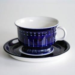 ARABIA / Ulla Procope [ Valencia ] teacup & saucer