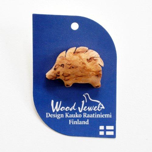Wood Jewel Finland - 白樺のピンバッジ(ハリネズミ)