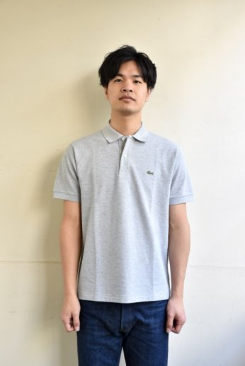 <img class='new_mark_img1' src='//img.shop-pro.jp/img/new/icons13.gif' style='border:none;display:inline;margin:0px;padding:0px;width:auto;' />LACOSTE(ラコステ)  半袖ポロシャツ SILVER GREY CHINE