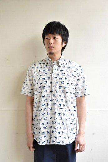 H by FIGER(エイチバイフィガー) シアサッカーボタンダウン半袖シャツ 'DOG' オフホワイト