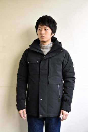 <img class='new_mark_img1' src='//img.shop-pro.jp/img/new/icons13.gif' style='border:none;display:inline;margin:0px;padding:0px;width:auto;' />NAU(ナウ) BLAZING DOWN JACKET CAVIAR