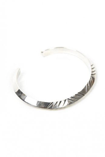 NORTH WORKS(ノースワークス) Stamped Triangle Bangle