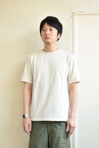 SPINNER BAIT(スピナーベイト)ミニ裏毛半袖Tシャツ オートミール