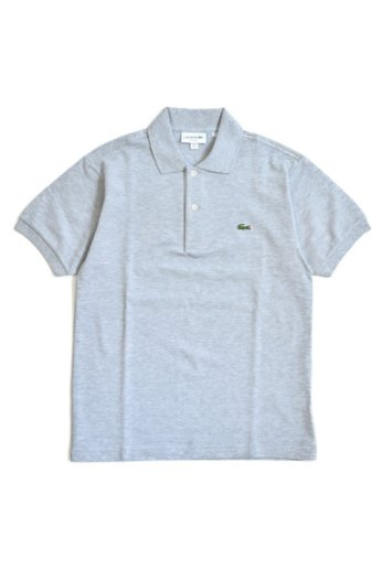 <img class='new_mark_img1' src='https://img.shop-pro.jp/img/new/icons13.gif' style='border:none;display:inline;margin:0px;padding:0px;width:auto;' />LACOSTE(ラコステ)半袖ポロシャツ シルバーグレー