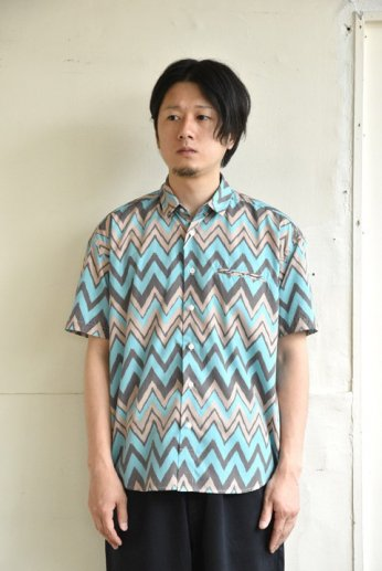 weac.(ウィーク)FANTASTIC SHIRTS ZIGZAG GREEN