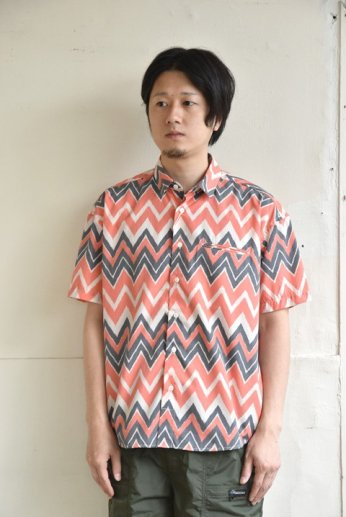 weac.(ウィーク)FANTASTIC SHIRTS ZIGZAG RED