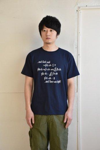 Champion(チャンピオン)MIT プリントTシャツ ネイビー