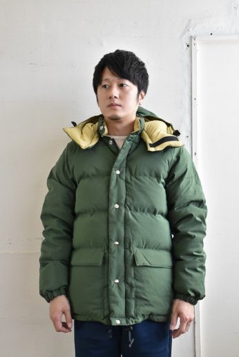 Crescent Down Works(クレセントダウンワークス) クラシコパーカーClassico Parka オリーブ/カーキ