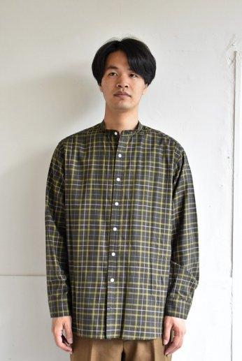 bettaku comfort (ベッタク コンフォート) バンドカラーシャツ カーキ