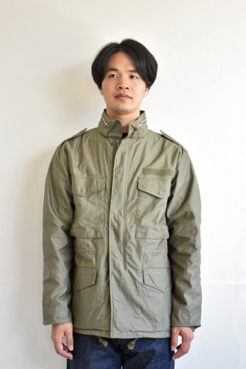 <img class='new_mark_img1' src='https://img.shop-pro.jp/img/new/icons13.gif' style='border:none;display:inline;margin:0px;padding:0px;width:auto;' />F.O.B FACTORY(エフオービー ファクトリー) M65 FIELD JACKET オリーブ
