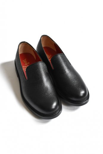 <img class='new_mark_img1' src='https://img.shop-pro.jp/img/new/icons13.gif' style='border:none;display:inline;margin:0px;padding:0px;width:auto;' />Regal Shoe&Co(リーガルシューアンドカンパニー) Standard Saddle Last pumps