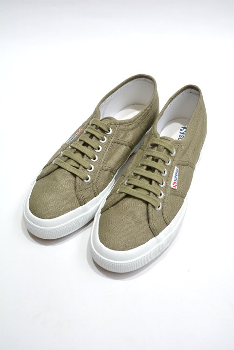 <img class='new_mark_img1' src='//img.shop-pro.jp/img/new/icons13.gif' style='border:none;display:inline;margin:0px;padding:0px;width:auto;' />SUPERGA(スペルガ) 2750 リネンスニーカー カーキの写真