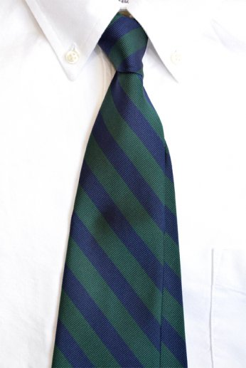 <img class='new_mark_img1' src='//img.shop-pro.jp/img/new/icons13.gif' style='border:none;display:inline;margin:0px;padding:0px;width:auto;' />Brooks Brothers(ブルックス・ブラザーズ) ネイビー×グリーン