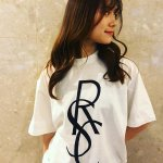 <img class='new_mark_img1' src='https://img.shop-pro.jp/img/new/icons20.gif' style='border:none;display:inline;margin:0px;padding:0px;width:auto;' />[SALE20%OFF]CELEB Tee