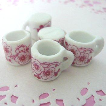 B級品 ミニチュア陶器製カップ 梅柄 単品