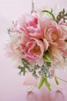 ピンクのチューリップのクラッチブーケ(生花)
