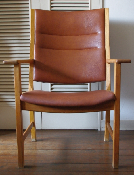 Hans J. Wegner / High Back Chair