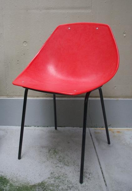 Pierre Guariche/ Meurop /Side Shell Chair / Red