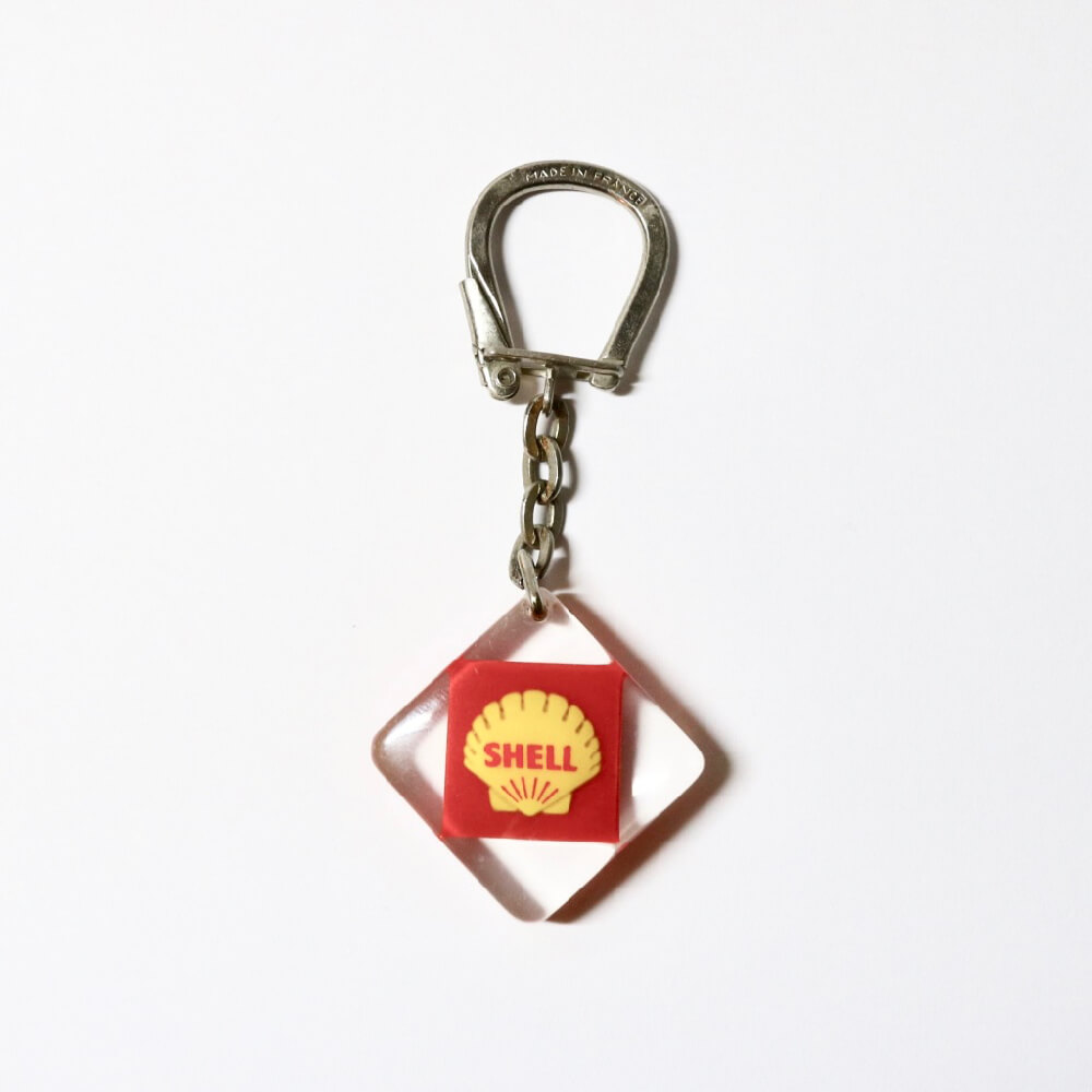<img class='new_mark_img1' src='https://img.shop-pro.jp/img/new/icons7.gif' style='border:none;display:inline;margin:0px;padding:0px;width:auto;' />BOURBON / Vintage Keyring /SHELL
