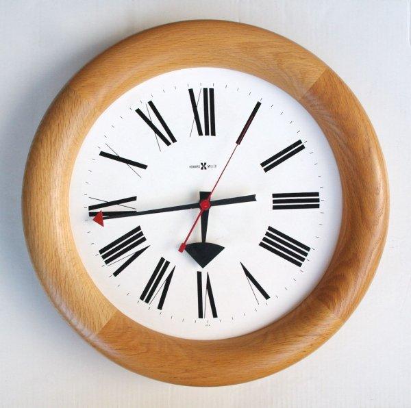 HOWARD MILLER/ Wall clock