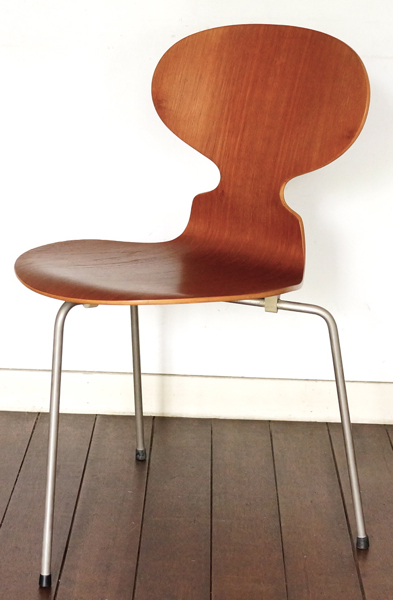 Arne Jacobsen / Ant Chair / TEAK
