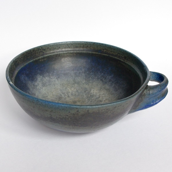 Francesca Mascitti Lindh / Bowl with handle / Blue