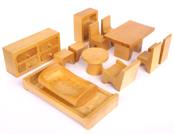 Antonio Vitali / Dollhouse furniture