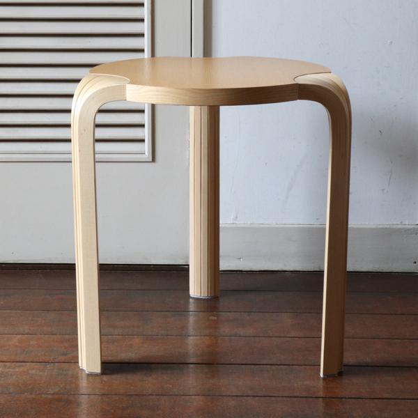 Alvar Aalto /Stool