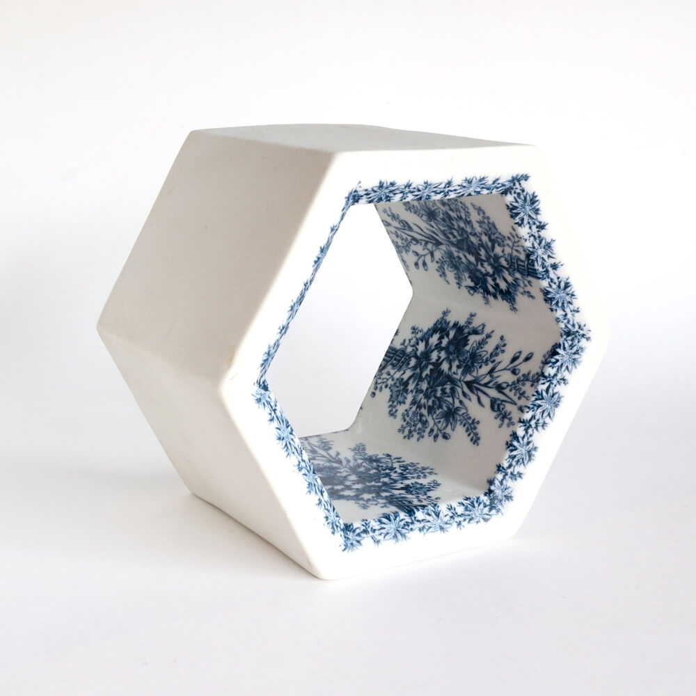 Rut Bryk / Hexagon_A