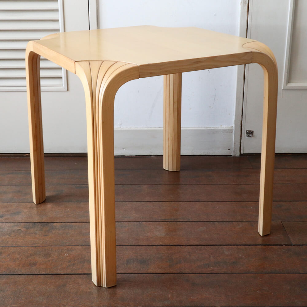 Alvar Aalto / Stool